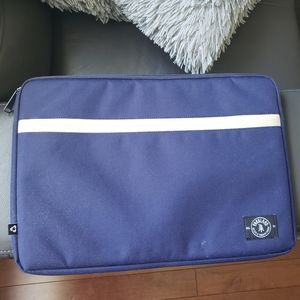 "Parkland 15"" Laptop Case"